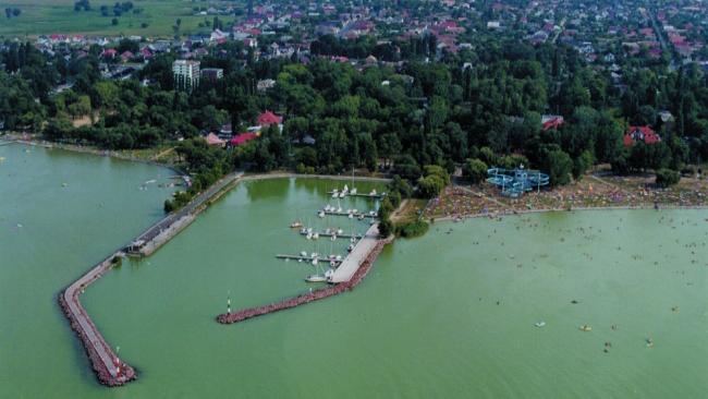 Balatonlelle kikötő - Image by http://www.iranymagyarorszag.hu/