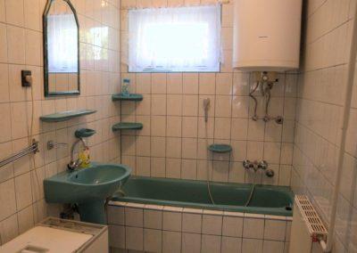 Balatoni apartman - Fürdőszoba káddal