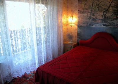 Balatoni apartman - Emeleti franciaágyas szoba